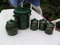 Kitchen canister storage set