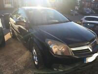 Black Vauxhall Astra