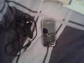 Nokia E71 silver metal mobile phone