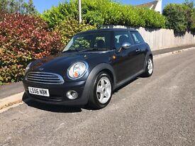 Mini Cooper 1.6 Petrol Black Panoramic Sunroof Chrome Pack