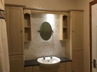 Bathroom units and sink for sale