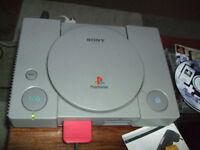 SONY PS ONE - CONTOLLER MEMORY CARD AND GAMES