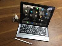 iPad Pro 128gb -Space grey-Cellular plus Logitech keyboard cover and apple pen - As new!