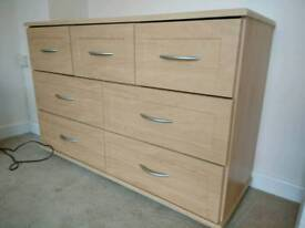 Chest of Drawers and 2 Matching Bedside Cabinets