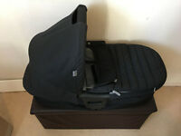 BRITAX Carry-cot, Excellent inside out, from smoke & pet free clean house, hardly used
