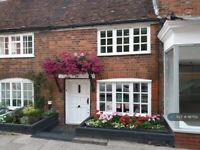 2 bedroom house in High Street, Kings Langley Watford Hertfordshire, WD4 (2 bed) (#987152)