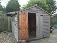 10 x 8 shed double doors 4 windows to one side. Needs dismantling and collecting.