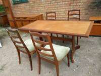 Vintage Gplan dining table and 4 Gplan chairs
