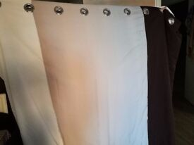 6 month Large 2 side curtain to sale