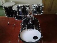 """Preowned Yamaha Oak Custom inc 13"""" snare"""