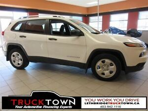 2015 Jeep Cherokee LOW KMS ON THIS LOADED JEEP CHEROKEE!!