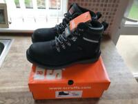 Mens Scruffs Work Boots - Black - UK Size 7 - BRAND NEW, BOXED