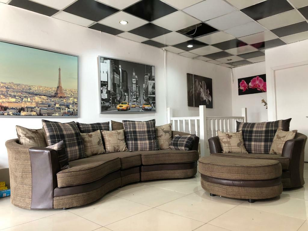 Terrific Dfs Oyster Sofa And Swivel Chair With Footstool In Bolton Manchester Gumtree Inzonedesignstudio Interior Chair Design Inzonedesignstudiocom