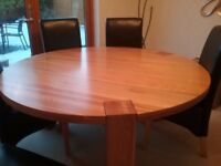 LARGE AUCKLAND DINING ROOM TABLE WITH 6 HIGH CHAIRS
