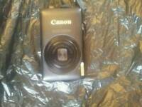 Canon ixus 220 digital camera