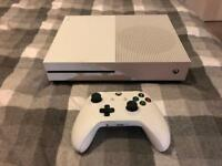 X BOX ONE S 500GB MINECRAFT CONSOLE