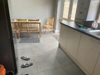 4/5 BEDROOM HOUSE PARTLY FURNISHED WITH TWO TOILET BATH EALING ROAD WEMBLEY CENTRAL STATION