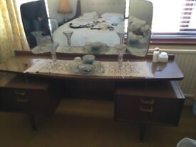 Wardrobe, chest of drawers & dressing table