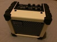 Roland Micro Cube (White) - Guitar Amp with Effects