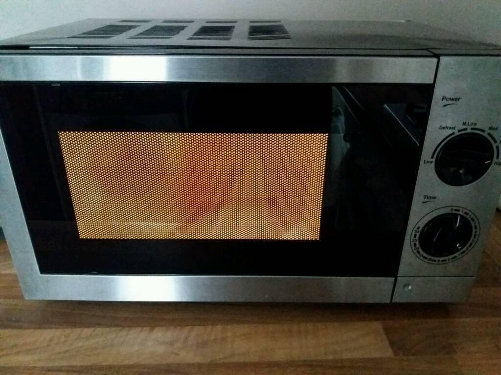 700w Asda Microwave 17litres