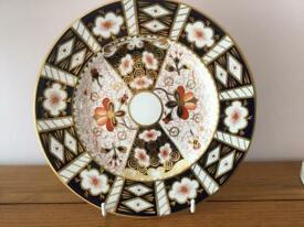 Royal crown derby china Imari pattern 2451 plate excellent condition