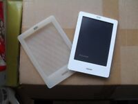 Kobo electronic reader w/case