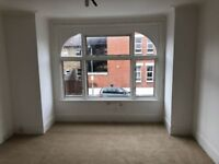 Beautiful 2 bed flat fully refurbished in ilford part dss accecpted