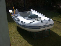 Quicksilver 2.4 metre airdeck HYPALON dinghy, top quality, with wheels, airpump, oars and cushion