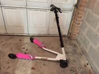 Girls Flicker Scooter 3ft Model White & Black - Great Condition