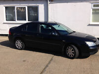 Ford Mondeo 1.8 Black Low Milage Great Looking Car Good Condition One Previous Owner