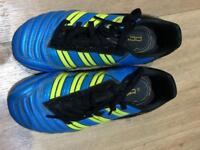 Child Adidas predator football boots UK size 13 VGC
