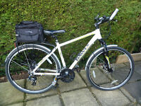 "Dawes Discovery Sport 3 mens hybrid bicycle, 18"" frame"