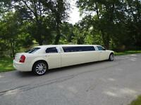 Mahood's Luxury Limos and Limo Buses.