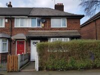 *UNFURNISHED* 3 BEDROOM SEMI-DETACHED PROPERTY LOCATED ON STANLEY GROVE, MANCHESTER, M18 7DP