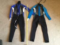 6 wetsuits from child to adult. Us ed but good condition