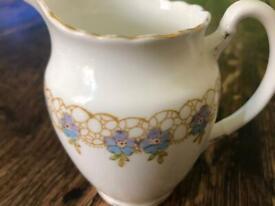Fine bone china cream/milk jug