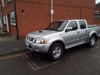 LHD Nissan Navara 2.5 Di Outlaw Crewcab Pickup 4dr with Mountain Top