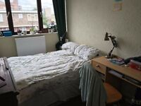 1 double room in a spacious duplex flat Shoreditch-£700 (All Bills inc)
