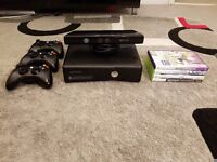 XBOX 360 WITH KINECT, 3 CONTROLLERS, 4 GAMES . MINT CONDITION. 250 gb