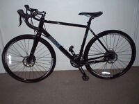 IMMACULATE Pinnacle Arkose One Adventure Road/Racing/CycloCross Bike (Large frame) (will deliver)