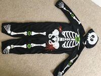 Child's skeleton costume by Tu 3-4 yrs