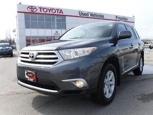 2013 Toyota Highlander V6\AWD\7 Seater\Keyless Entry