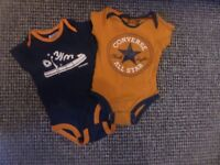 Converse baby grows 9-12months