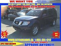 2009 Nissan Pathfinder LE 4WD*7 PASSENGER*SUNROOF*REAR AIR CONTR