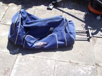 large umbro holdall come suitcase