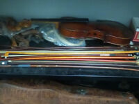 Old Violin, & Violin parts. Everything you see in the picture.