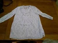 Size M H+M cream lace top