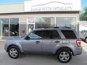 2008 Ford Escape LIMITED SUNROOF LEATHER SUV AWD NOW $7400