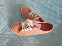 Brand new size 6 ladiez shoes