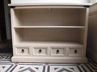 Book shelves painted farrow and ball shabby chic. Bathroom or kitchen